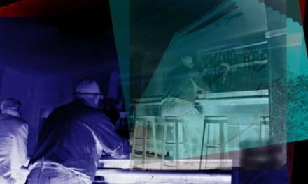 "Azar, instinto e improvisación presentes en la exposición ""La Luz oscura"" de Carlos Canet"
