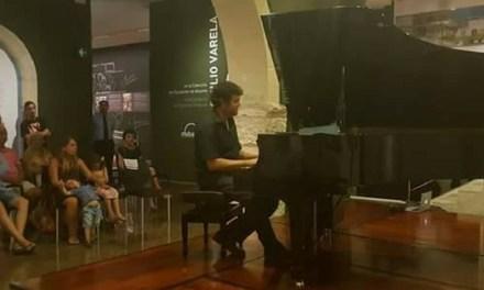 """En el MUBAG «Tú tocas 3 notas. Yo creo la obra"""" con Benjamín Sun en el programa del Día de los Museos"""