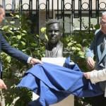 Busto del pintor Emilio Varela engrandece zona de ilustres de Alicante en los jardines de la Diputación