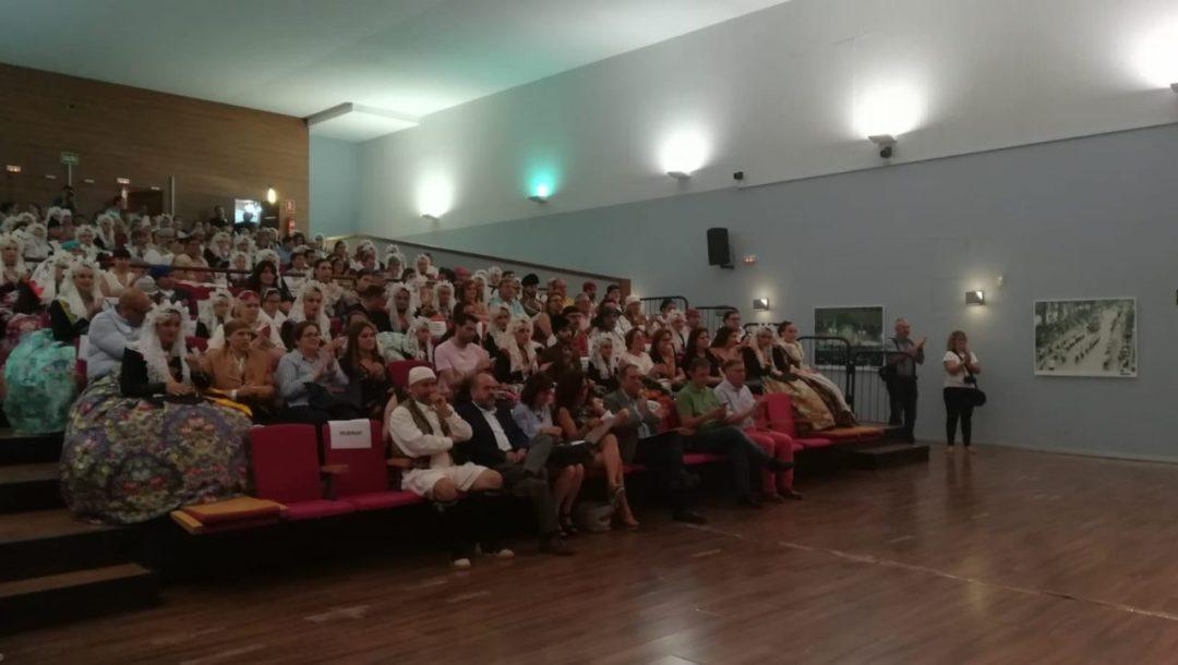 Acto promoción del valenciano en los llibrets de Hogueras y Barracas. Foto: Gabinete Prensa. Ayto. Alicante