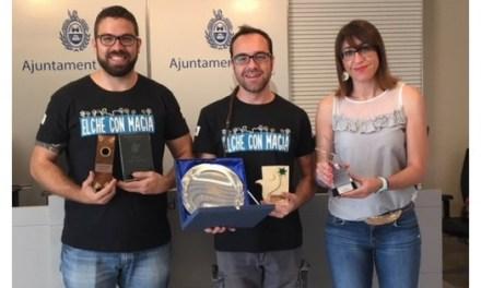 Els il·licitans Manolo Costa i Mindanguillo representaran a Europa en el Mundial de Mágia Còmica