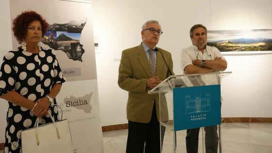 La nueva exposición de la Diputación de Alicante ofrece distintos prismas de Sicilia a través de la visión de tres fotógrafos