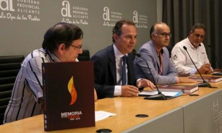 La Diputació d'Alacant impulsa l'edició d'un llibre que repassa els 90 anys d'història de la festa de les Fogueres