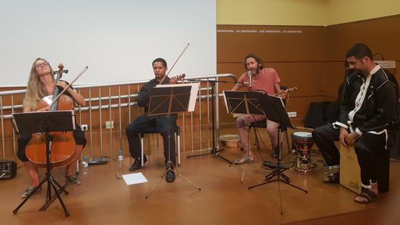 El Nassim llenó de magia andalusí la clausura del Encuentro de Artistas de la Kasbah