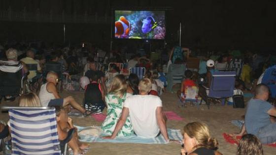 """Buscando a Dori"" tanca el cicle de cinema a la platja a Benidorm"