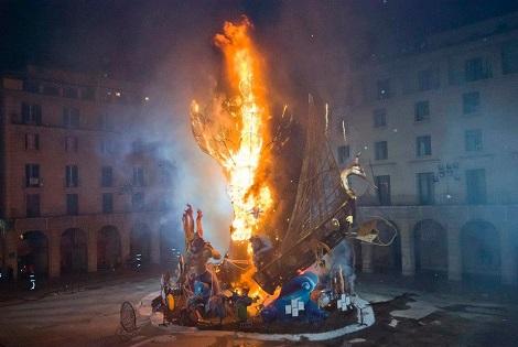 El Ayuntamiento de Alicante constituye la Comisión para elaborar el Plan de Protección del Patrimonio Cultural de sus Fiestas