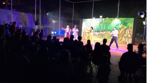 """Este fin de semana sigue el ciclo """"CULTURA A LA FRESCA"""" en la urbanización """"BALCÓN DE FINESTRAT"""" con el teatro infantil """"La Casa Encantada"""""""