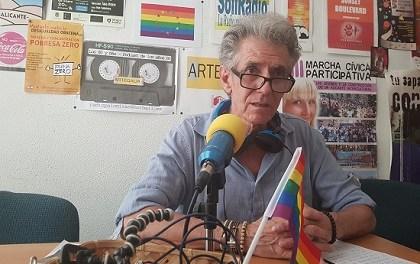 Solo seis preguntas a Toni Magro mientras expone en el Ateneo de Alicante