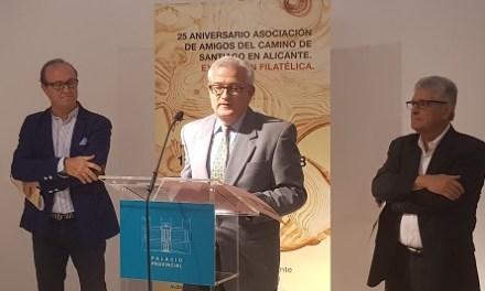 La Asociación de Amigos del Camino de Santiago en Alicante presenta una exposición filatélica en el Palacio de la Diputación de Alicante