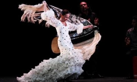 Flamenco íntimo en el Chapí de Villena con Isabel Bayón y su espectáculo «Lo esencial»
