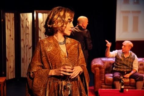 """El Teatro Chapí de Villena """"Descorcha momentos íntimos"""" con Shakespeare en Berlín"""