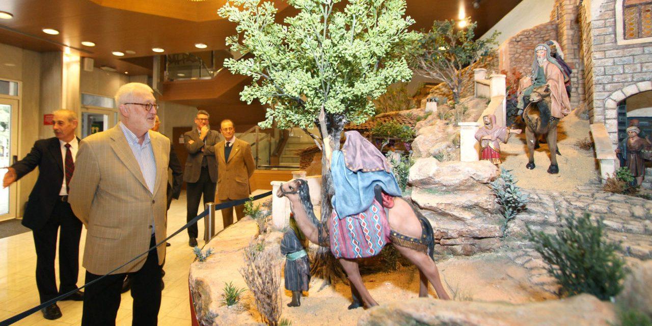 Els Belenistes inauguren el pessebre de l'Aula de Cultura d'Alacant de la Fundació Caja Mediterráneo