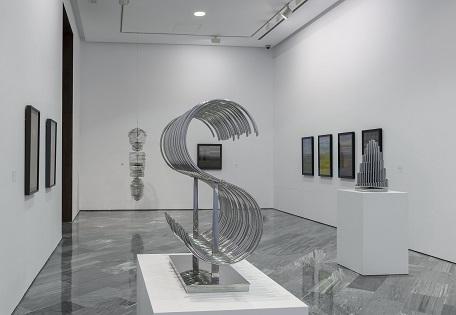 Eusebio Sempere: tres décadas geométricas y tendencias ópticas y cinéticas