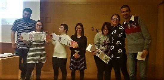 "El MACA presenta el poemari il·lustrat ""Modernidad y Memoria"" realitzat per cinc joves de ANDA"
