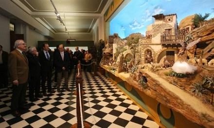 La tradicional Exposició de Pessebres obri les portes a la celebració del Nadal en la Diputació d'Alacant