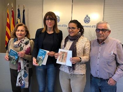 """Presentado el libro """"Tierra Hirviendo, mediodía blanco"""" de la historiadora ilicitana Mercedes de Cecilia"""