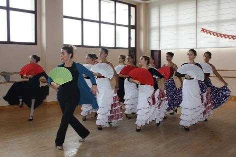 Curso de Navidad en el Conservatorio Profesional de Danza de Novelda