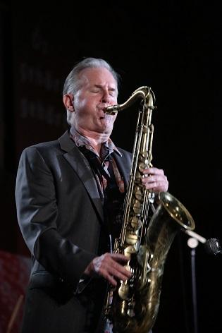 La poesía con Amalio Gran y el Jazz en la Casa de la Cultura de Villena