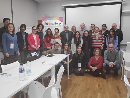 La Universitat d'Alacant participa en un projecte per a la defensa dels drets de les xiquetes i les dones gitanes a Europa