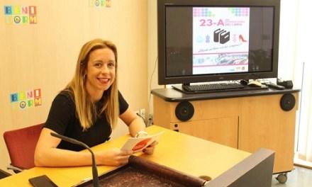 Cultura i Comerç de Benidorm promouen el Dia Internacional del Llibre obsequiant exemplars