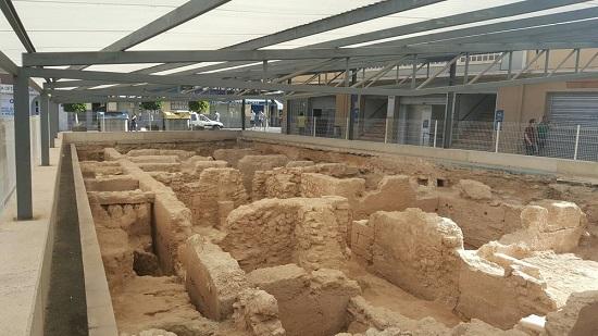 Finalitza la tercera fase de les excavacions de l'entorn del Mercat central en les quals han aparegut 120 enterraments islàmics