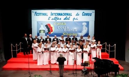 200 vocalistas de 20 de países se han dado cita en el octavo Festival Internacional de Coros de l'Alfàs