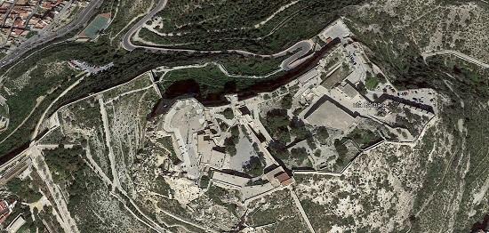 L'Ajuntament d'Alacant repara el llenç oest de la muralla de la Muntanya Benacantil