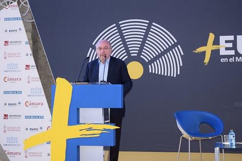 Joaquín Almunia exposa les seues impressions sobre el nou Parlament Europeu a Casa Mediterráneo