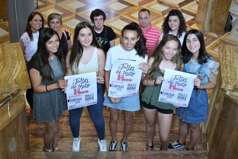 El Taller de Teatre de Joventut representa les obres 'Fuenteovejuna' i 'Qui em compra un embolic?' en el Teatre Castelar d'Elda