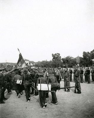 La familia del doctor Manuel Usano dona al Arxiu Municipal de Dénia una colección de 72 fotografías de la Guerra Civil