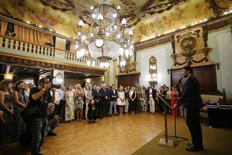 El alcalde anima a respaldar el nuevo proyecto del Real Liceo Casino de Alicante como centro cultural, gastronómico y social de la ciudad