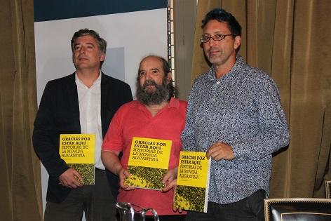 "José María Esteban recull les històries de la 'movida' alacantina al seu llibre ""Gracias por estar aquí"""