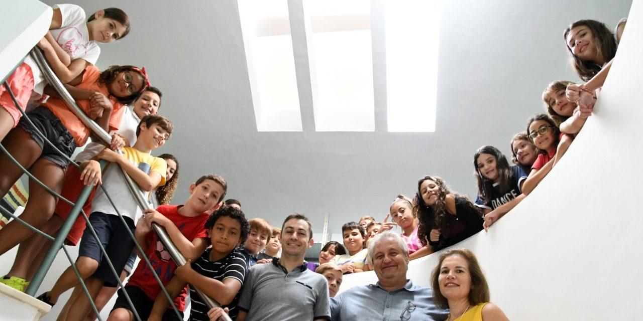 El Grup de Danses Portitxol de Xàbia immortalitza en un disc la música popular i d'arrel de la Marina Alta