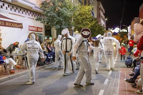 El Desfile del Humor protagonista en las calles de l'Alfàs