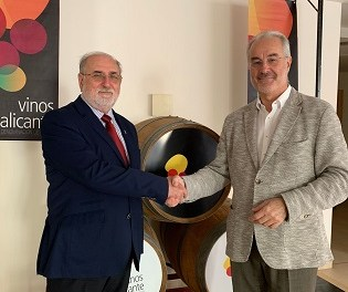 Vins Alacant DOP i l'Associació de Restaurants d'Alacant signen conveni de col·laboració