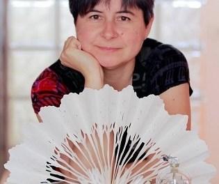 Natalia Pérez Chazarra inaugura en la galería ACAS de Elche la exposición Almagrafías, radiografías del alma