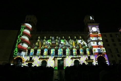 Alacant inicia aquest divendres la projecció del videomapping de Nadal en la façana de l'Ajuntament