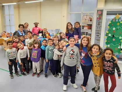 L'Ajuntament d'Elda renova els joguets didàctics i el material educatiu de la ludoteca Gloria Fuertes