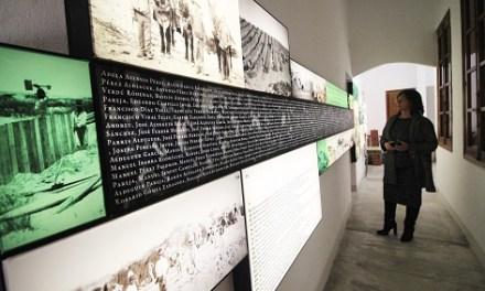 Guardamar homenajea a los artífices de la repoblación forestal que evitó que el casco urbano fuera sepultado por las dunas