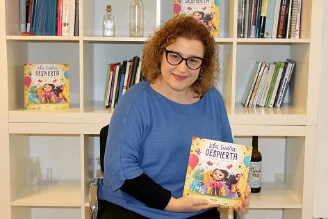 Presentación en Elche del libro infantil 'LOLA SUEÑA DESPIERTA'