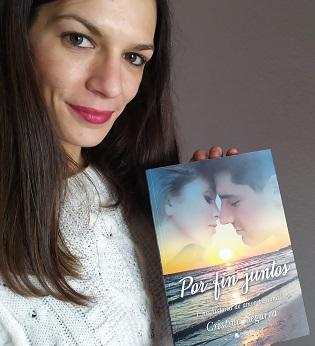 """""""Por fin juntos"""", la novela romántica de Cristina Segarra"""