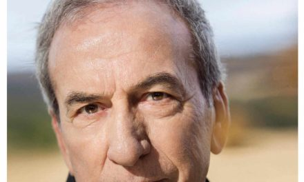 La gira «Baladas para una despedida» de José Luis Perales passarà per la Plaça de Bous d'Alacant