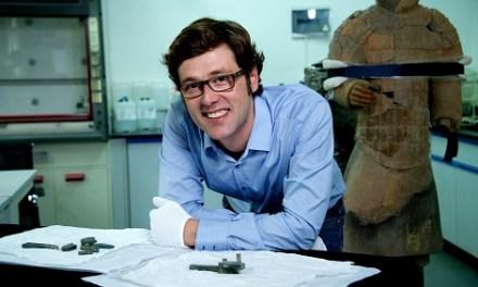El MARQ ficha como comisario de la exposición de los guerreros de Xi'an al arqueólogo Martinón-Torres de la Universidad de Cambridge