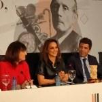 """El 'Premio Azorín de Novela' dotado con 45.000 euros recae en Mónica Carrillo con """"La vida desnuda"""""""