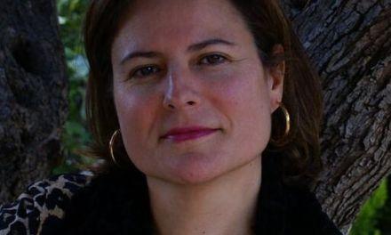 Cruzamos el Puente de los Espejos con… Mª Engracia Sigüenza Pacheco: Huellas en el paraíso