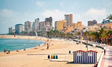 """El Campello s'integra en el moviment """"En família per Espanya"""", per a potenciar el turisme nacional"""
