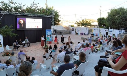 Altea y la Acadèmia Valenciana de la Llengua celebran un acto público para homenajear Carmelina Sánchez-Cutillas, Escritora del Año 2020