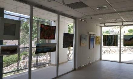 La Fundación Frax reanuda su actividad expositiva en espacios públicos de las comarcas de las Marinas
