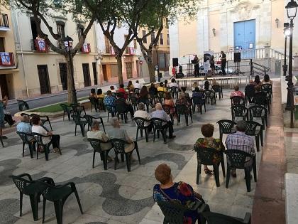 """Valoración muy positiva del primer fin de semana de """"Cultura al carrer"""", el programa de apoyo a músicos, artistas y grupos de Petrer"""
