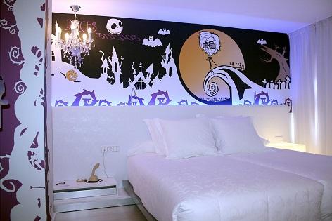 Cecilia Solé i Gil con su diseño inspirado en 'Moonrise Kingdom' gana el reto Dormirdcine Alicante